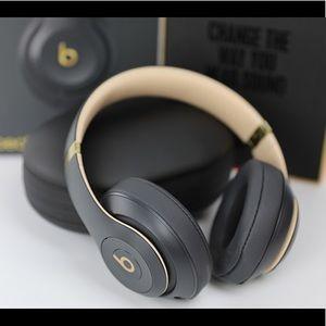 Beats Studio 3 Wireless Headphones- Shadow Gray